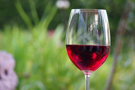 red-wine-1369425__180